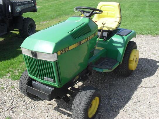 1988 John Deere 285 Lawn & Garden and Commercial Mowing ...