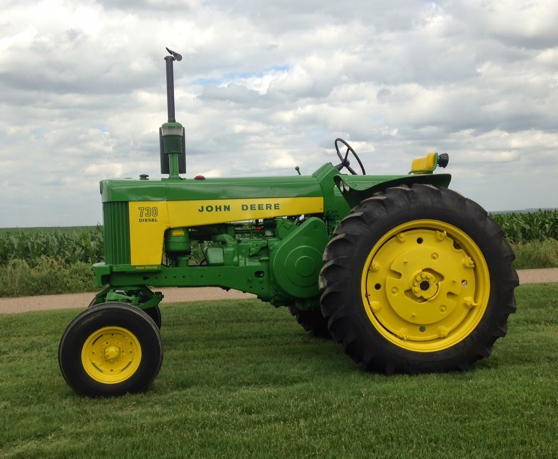Tractor of the Week: John Deere 730 Diesel