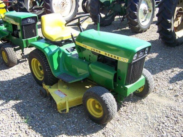 7833: John Deere 112 Lawn & Garden Tractor with Mower ...