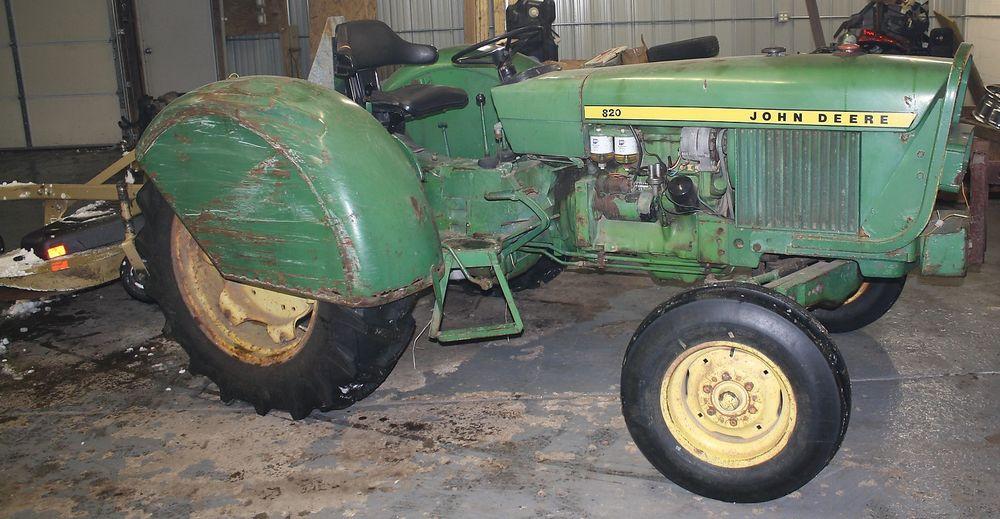 John Deere 820 Diesel Tractor w/ Orchard Fenders 2.5L 3 ...