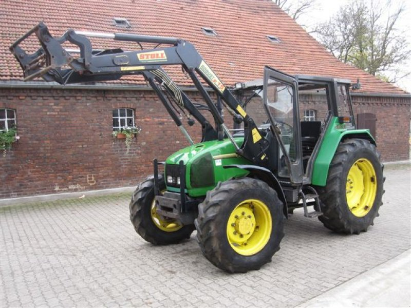 John Deere 3300 Tractor - technikboerse.com
