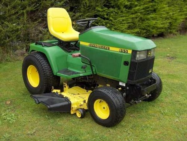 John Deere 455 Diesel Lawn Tractor