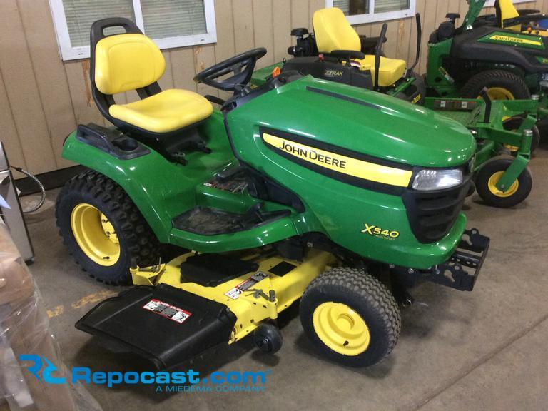 Repocast.com® | John Deere X540 54 garden tractor