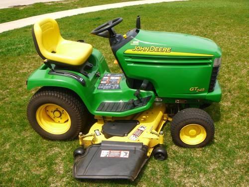 John Deere GT245 Garden Tractor with 54