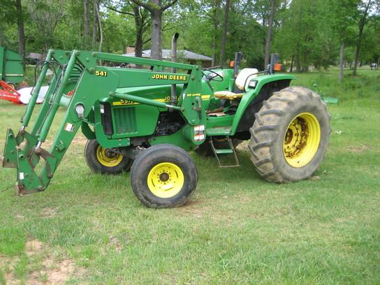 John Deere 5510 Tractors - Utility (40-100hp) - John Deere ...
