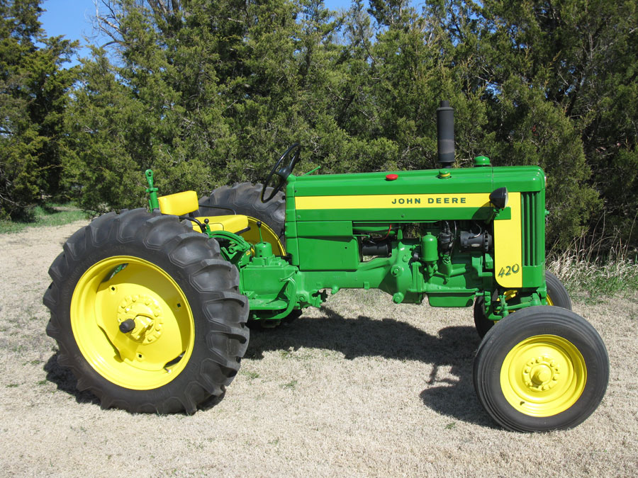 John Deere 420 Model: Entire Details History Overview price