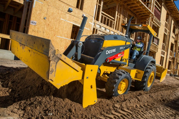 New John Deere L-Series Tractor Loaders Are Jobsite Workhorses