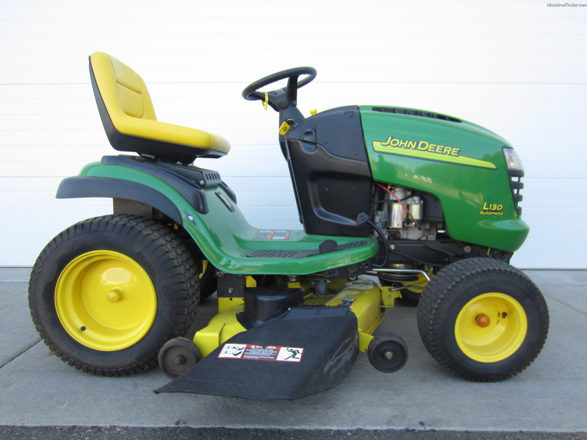 2004 John Deere L130 Lawn & Garden and Commercial Mowing ...