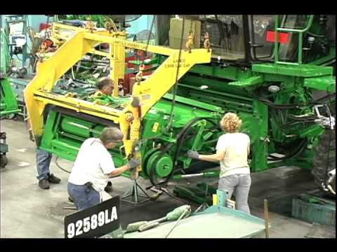 John Deere Country, Part 1 - How a Combine is Made - YouTube