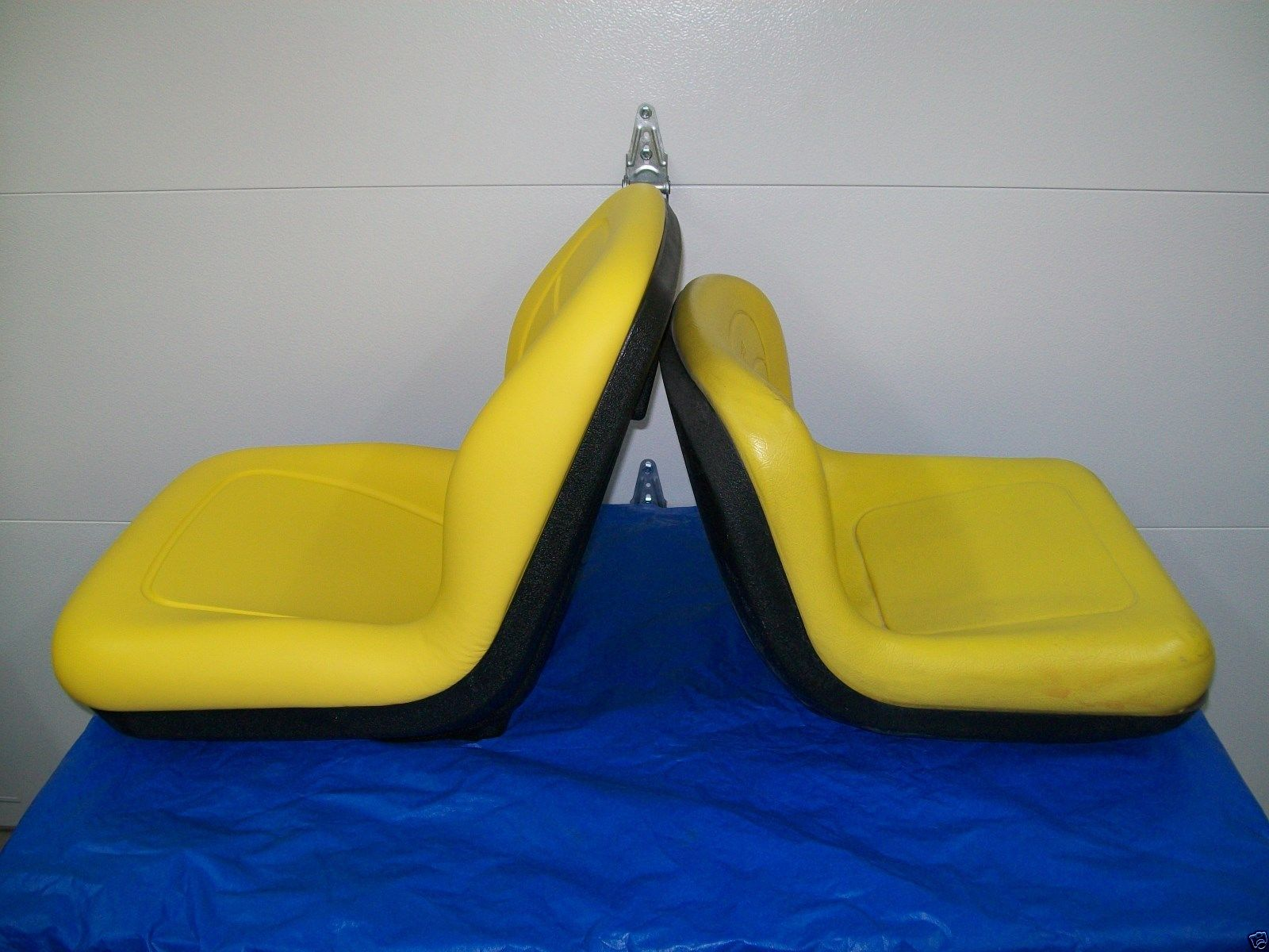 HIGH BACK SEAT JOHN DEERE 325, 335, 345 GARDEN TRACTORS ...