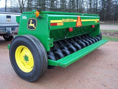John Deere 450 Drill - Granton, WI | Machinery Pete