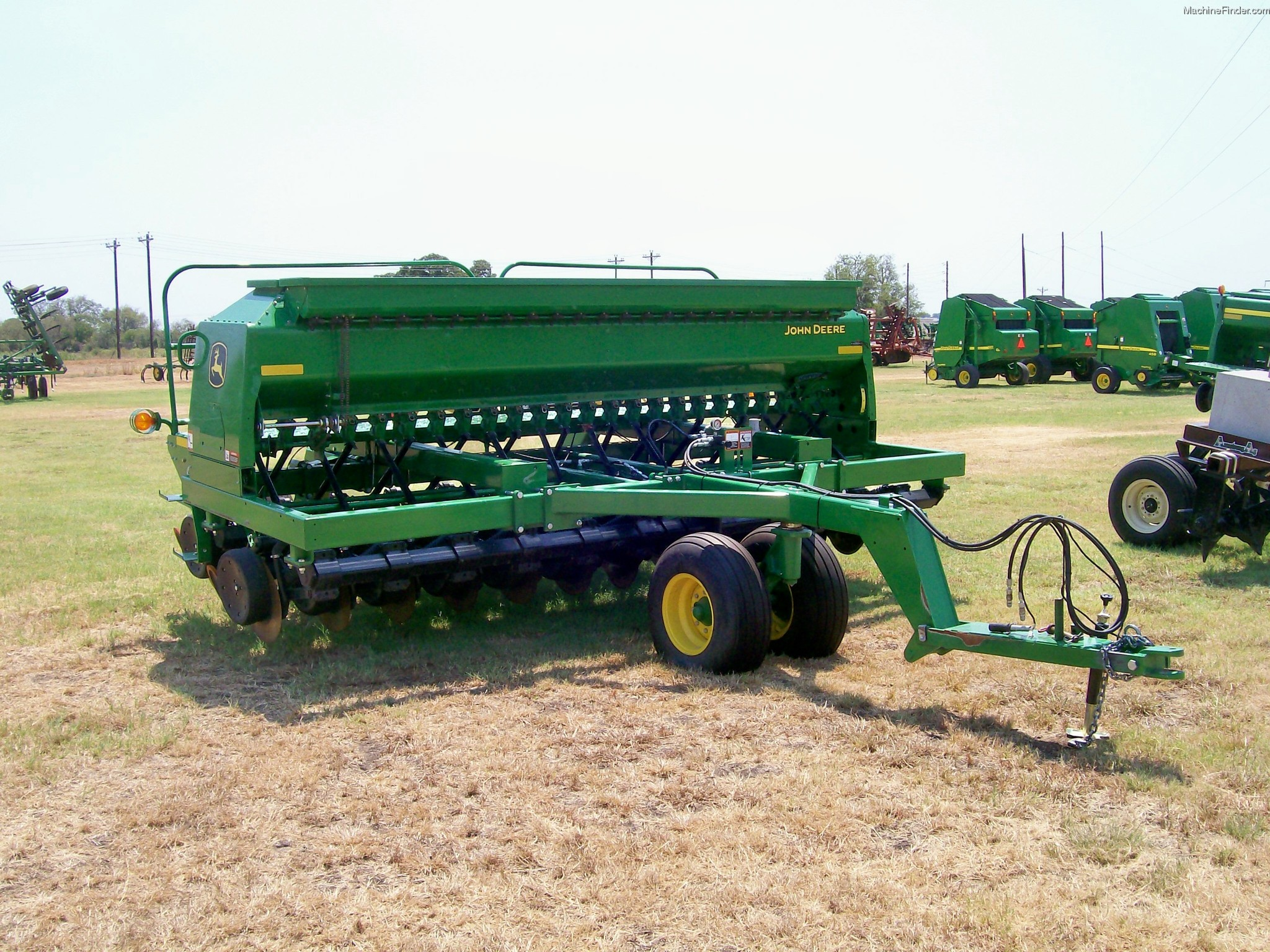 2013 John Deere 1590 Planting & Seeding - Box Drills - John Deere