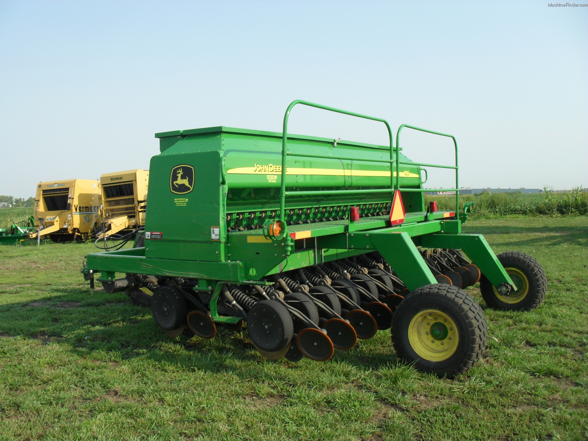 Pin John Deere 1590 No Till Drill on Pinterest