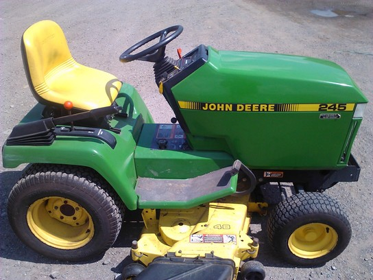 John Deere 245 Lawn & Garden and Commercial Mowing - John ...