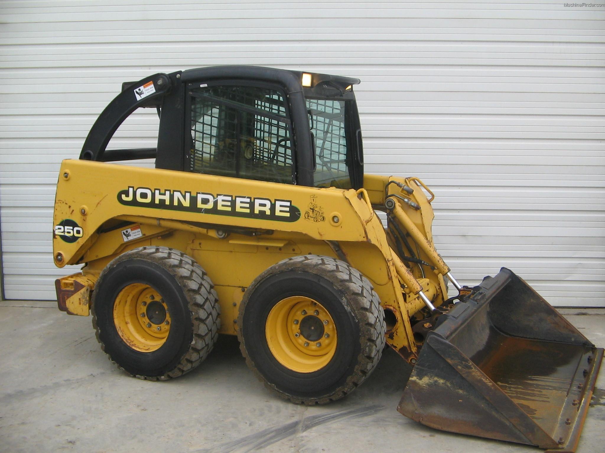 1999 John Deere 250 Skid Steer Loaders - John Deere MachineFinder