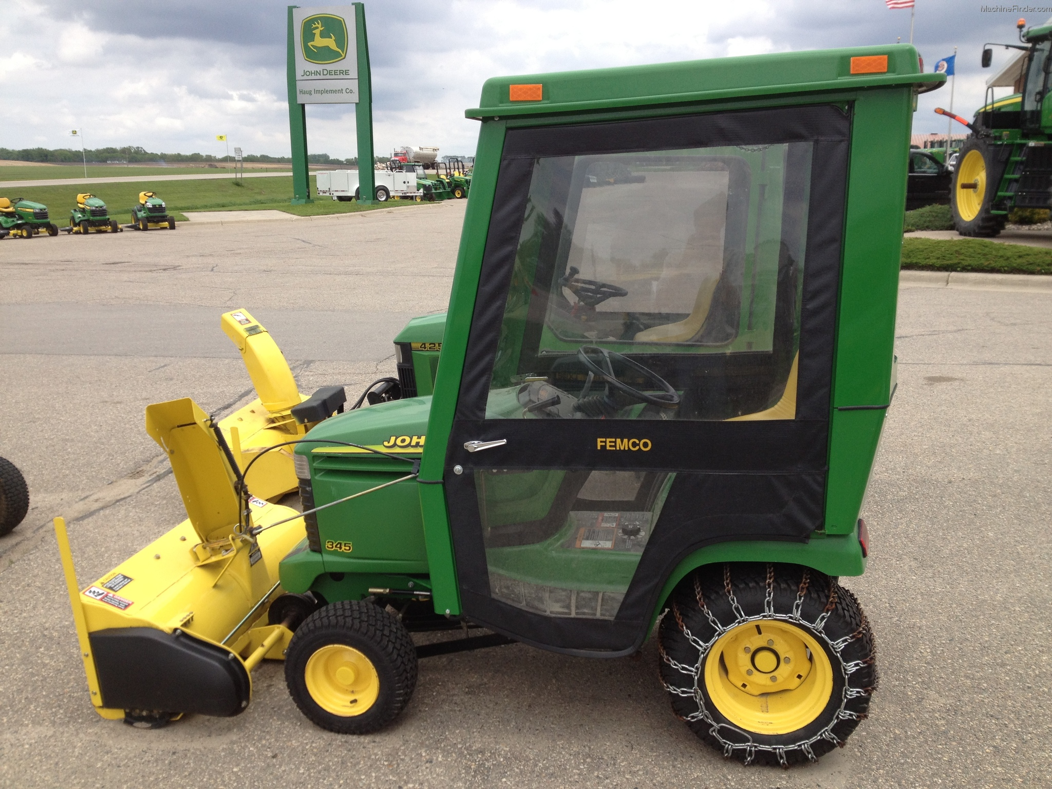1997 John Deere 345 Lawn & Garden and Commercial Mowing - John Deere MachineFinder