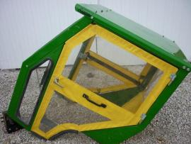Cost to Ship - CURTIS TRACTOR CAB JOHN DEERE 425 445 455 HEATER W - from Streator to Evanston