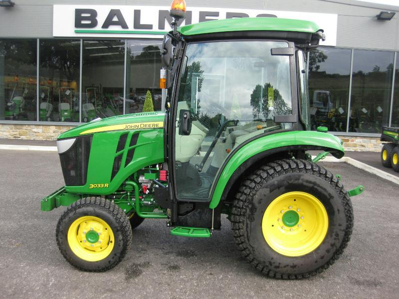 JOHN DEERE 3033R COMPACT TRACTOR Diesel Tractors in Burnley | Auto Trader Farm