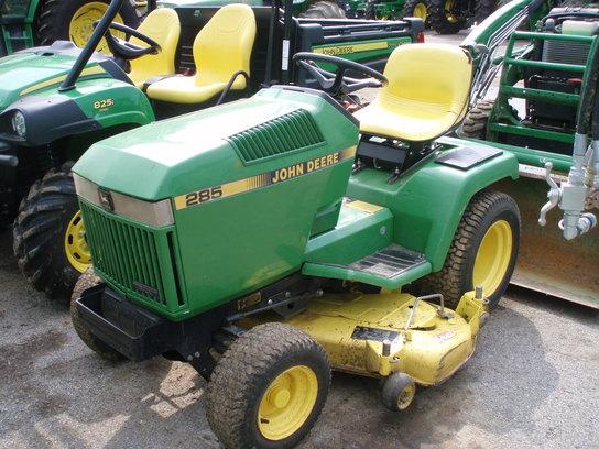 1991 John Deere 285 Lawn & Garden and Commercial Mowing - John Deere MachineFinder