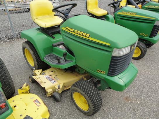 1998 John Deere 325 Lawn & Garden and Commercial Mowing - John Deere MachineFinder