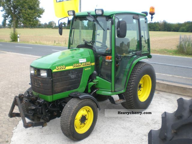 John Deere 4400 Power Reverser 1999 Agricultural Tractor Photo and Specs
