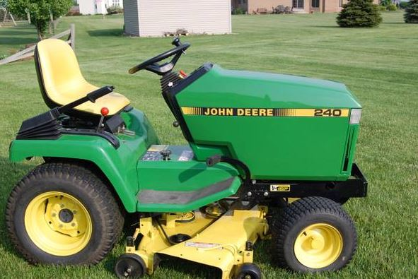 John Deere 240 Riding Lawnmower - Classified Ad