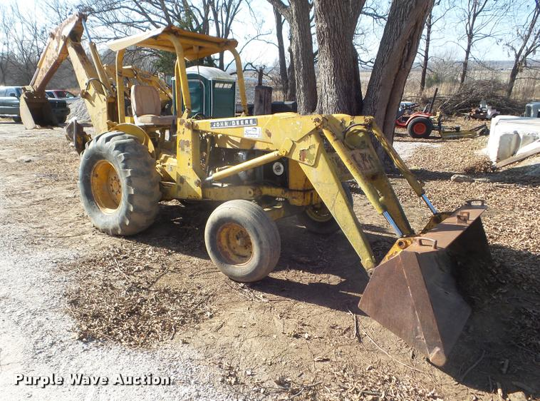 John Deere 300B backhoe | Item DA5237 | SOLD! January 19 ...