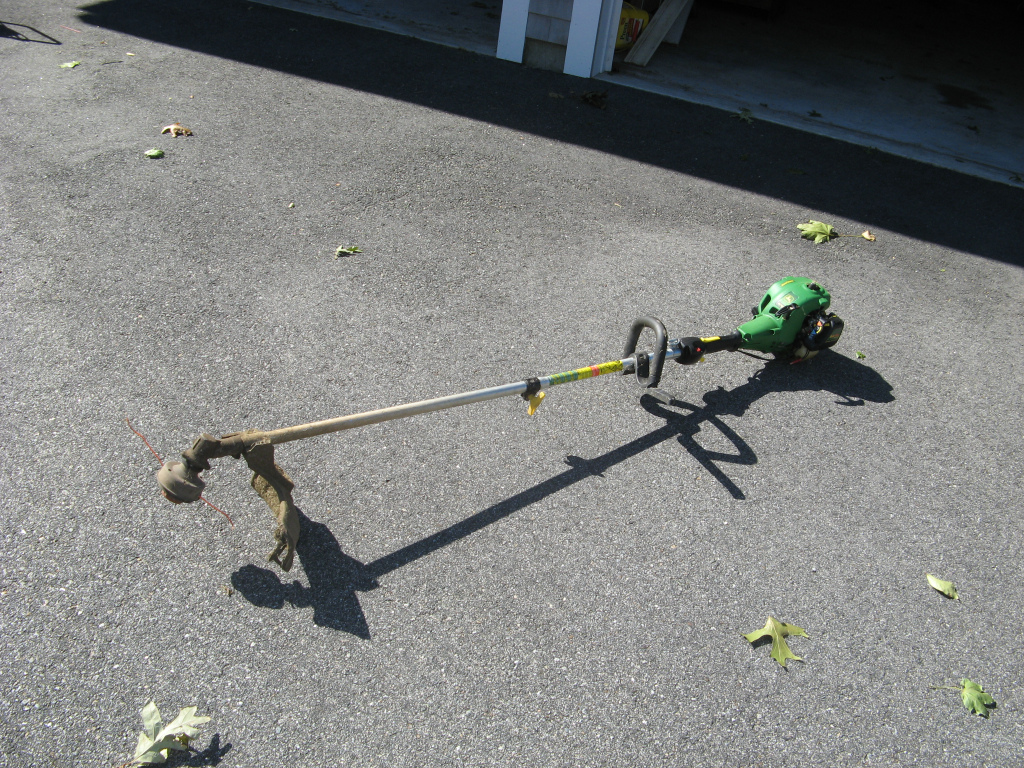 JOHN DEERE STRING TRIMMER – $50 | HIGH QUALITY ITEMS FOR SALE