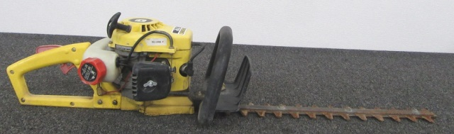 John Deere 172 Gas Hedge Trimmer
