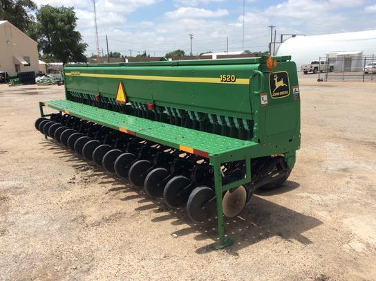 2002 John Deere 1520 Drill For Sale » Green Country Equipment