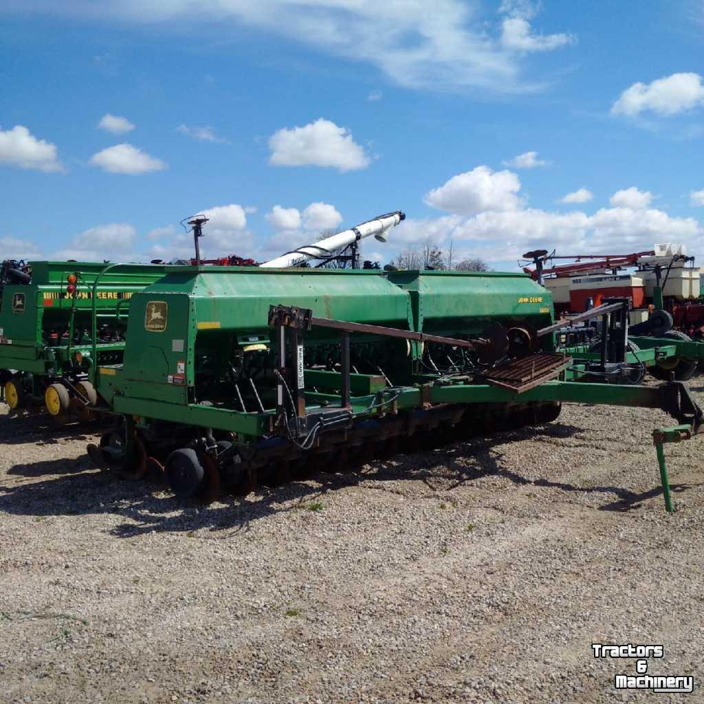 John Deere 1560 NO TILL DRILL PLANTER - Used Direct seeder ...