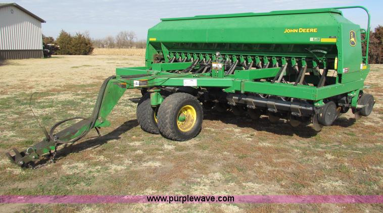John Deere 1590 no-till grain drill | no-reserve auction ...