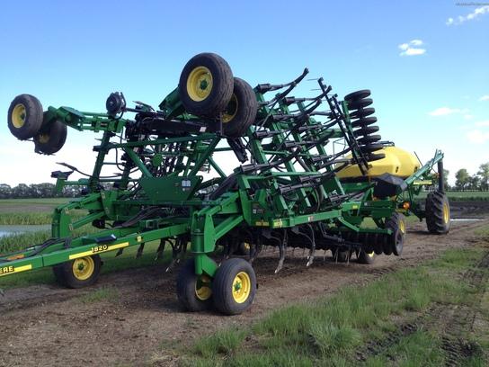2001 John Deere 1820 Planting & Seeding - Air Drills ...
