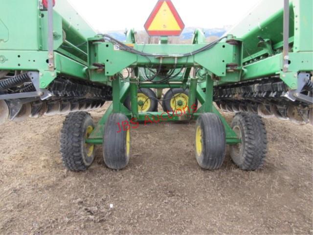 John Deere 455 24' Grain Drill