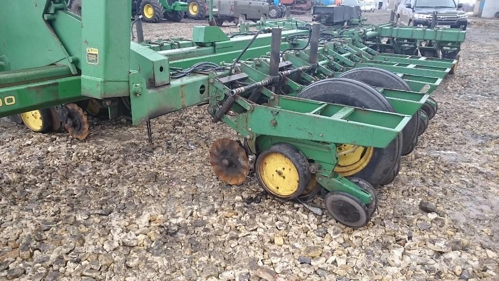Used John Deere 7000 drills Price: $36,299 for sale ...