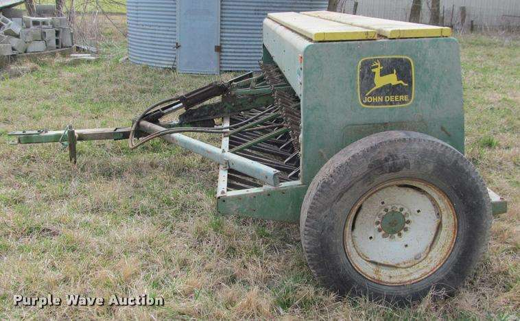 John Deere 8000 grain drill For Sale | Saint Paul, KS ...