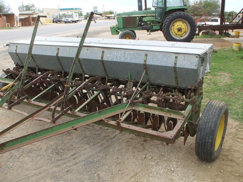 John Deere B Drill/Caddy #49995 HEILIGMAN EQUIPMENT, LLC ...