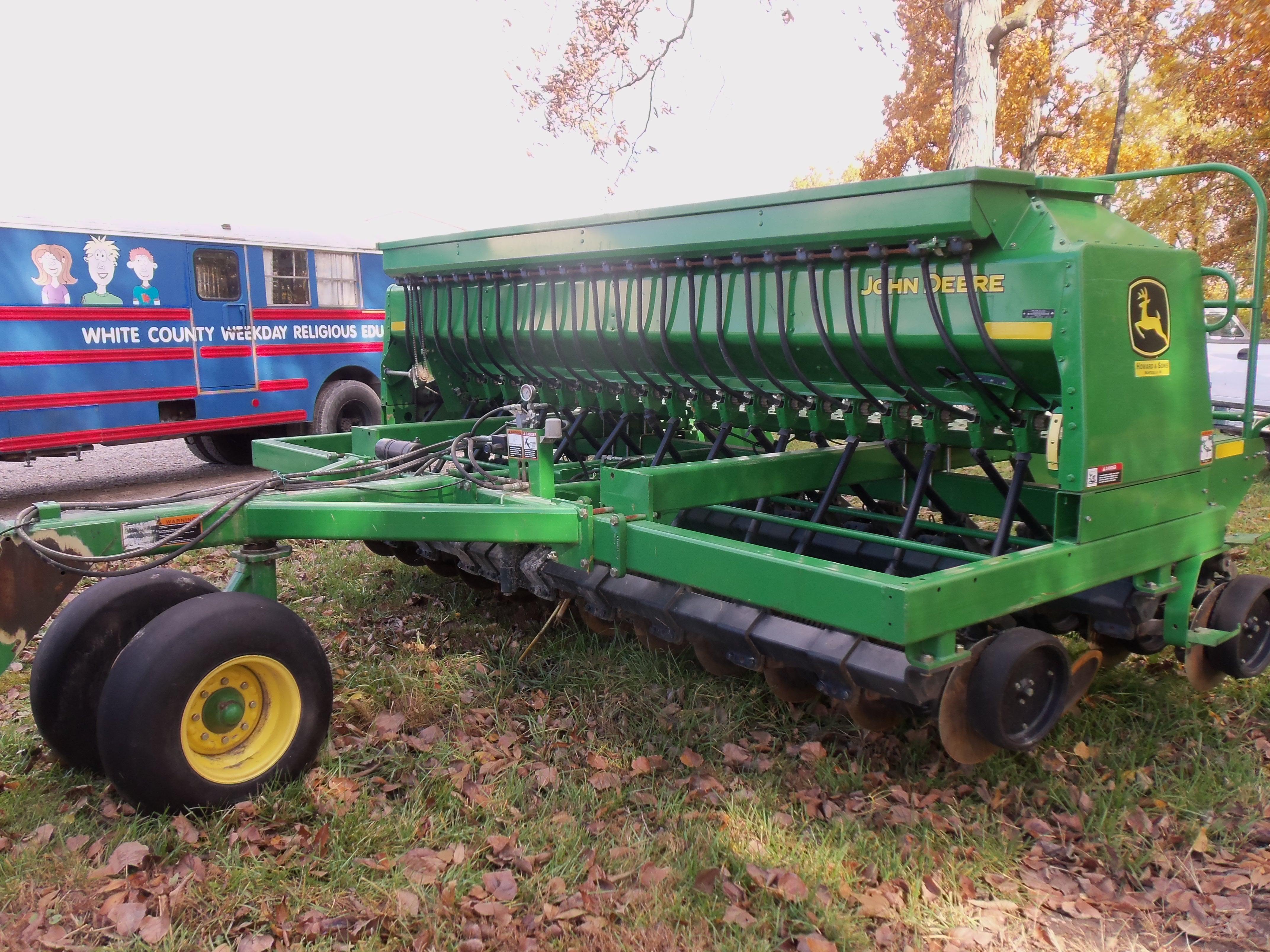 John Deere 1590 grain drill | John Deere equipment | Pinterest