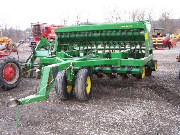 26: John Deere 750 10' No Till Drill w/ Seed Box : Lot 26