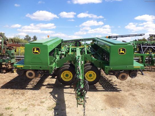 2005 John Deere 455 Planting & Seeding - Box Drills - John ...
