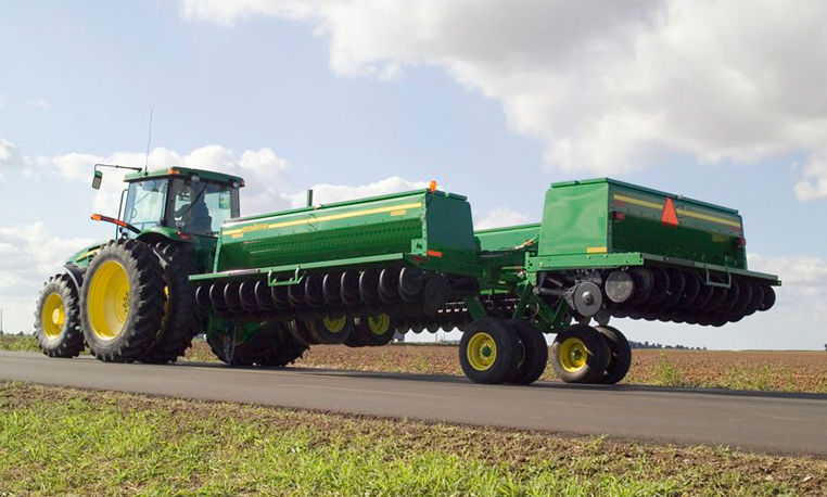 John Deere Conventional-Till Drill Series Box Drills ...
