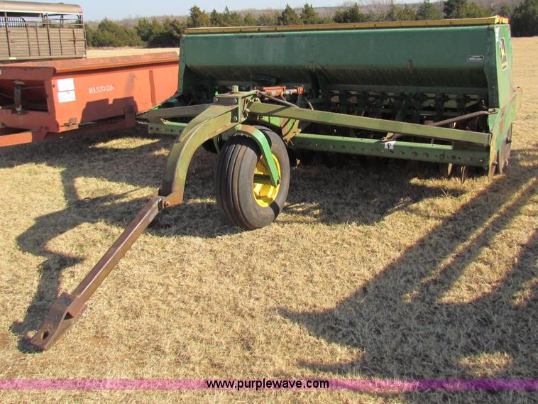John Deere 9300 grain drill | no-reserve auction on ...