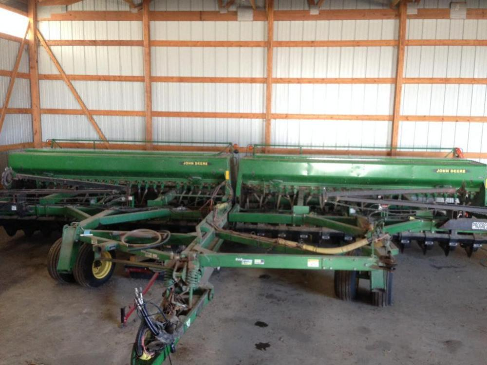 Tandem John Deere 750 Drills with Houck Hitch - Current ...