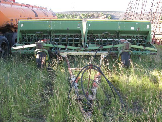 (2)-8' John Deere 9350 Grain Drills W/tandem Hitch