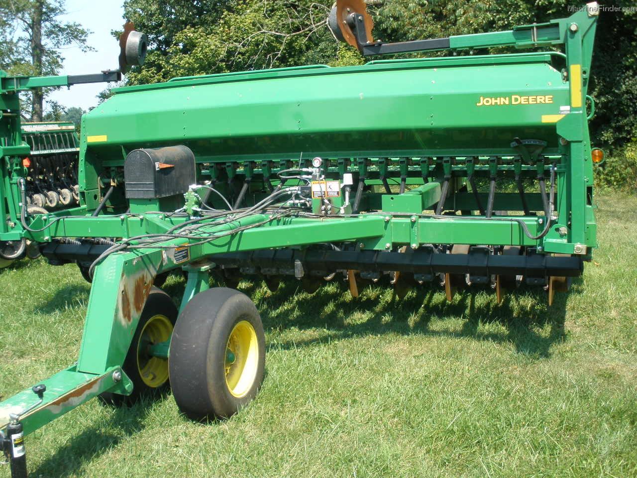 2011 John Deere 1590 Planting & Seeding - Box Drills ...