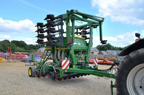 John Deere 750A 6M Drill (9739) | Ellis Machinery