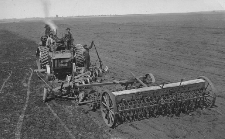 Plow packer and drill - Yesterday's Tractors