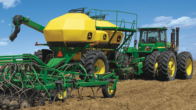 Seeding Equipment   730 Air Disk Drill   John Deere US