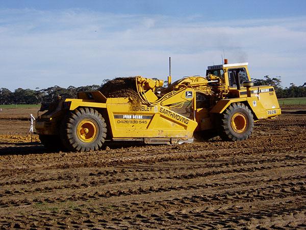 Earthmoving Equipment | Scraper Hire | Landplane Hire ...