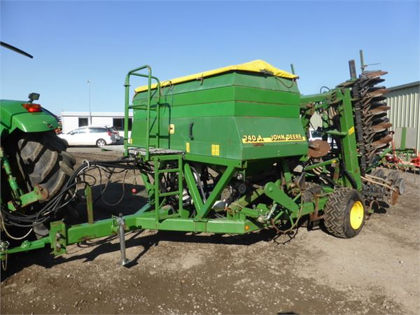 Used John Deere 740 A 6m double discs air drill drills ...
